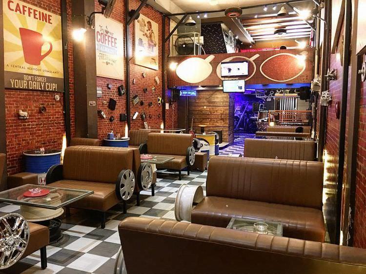 Restoran Dengan Konsep Otomotif